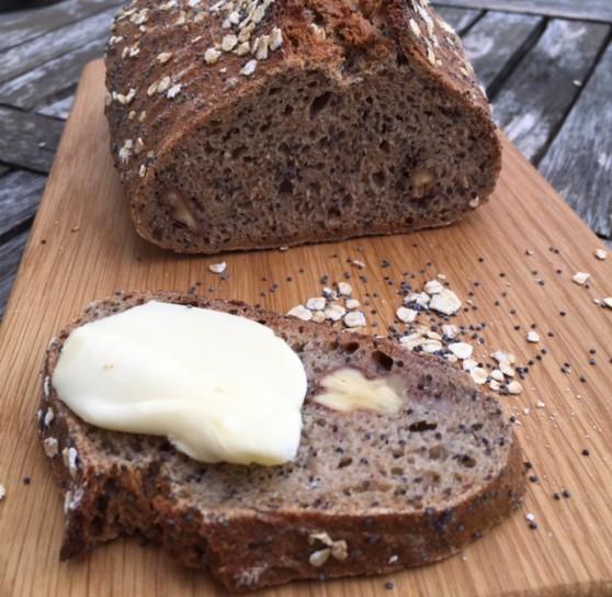 Makový chlieb